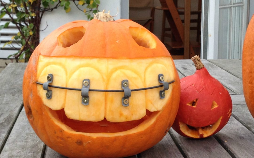 Tips for a healthy dental Halloween.