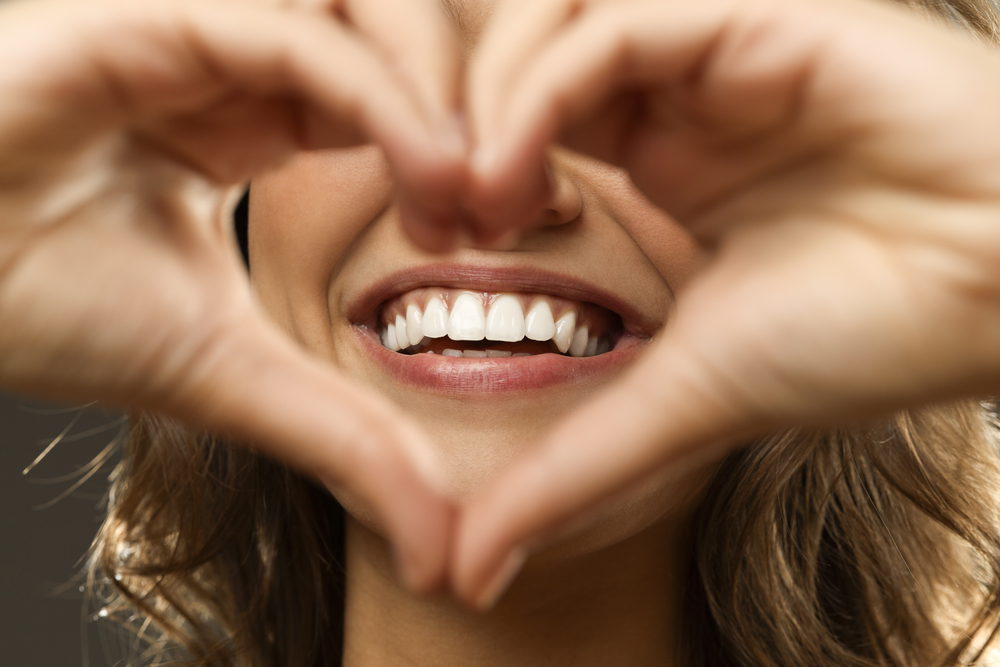 3 WAYS YOUR EMOTIONAL HEALTH AFFECTS YOUR ORAL HEALTH